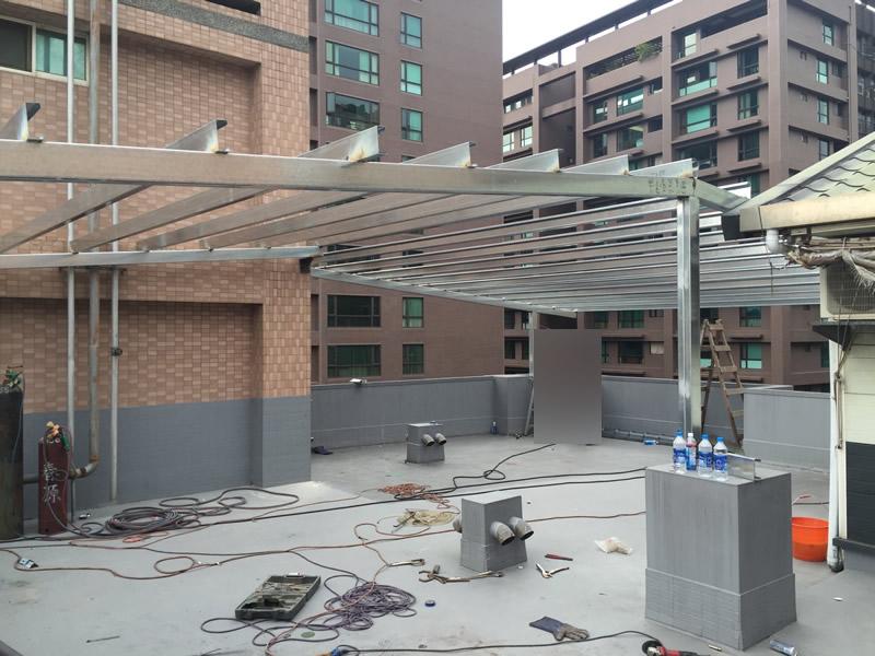 屏東蓋鐵皮屋-琉璃瓦防水屋頂