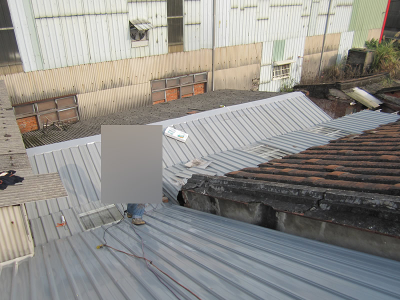 台南住家蓋鐵皮屋